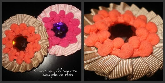 Broches con madroños de Carolina Monente Complementos